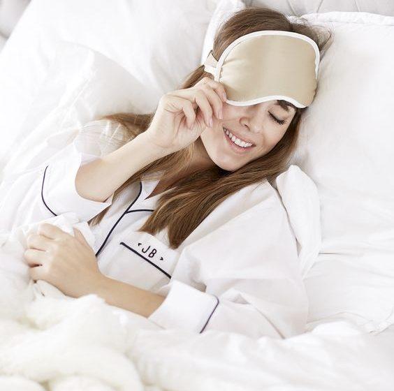 خوب بخوابید تا پوست زیبا داشته باشید
