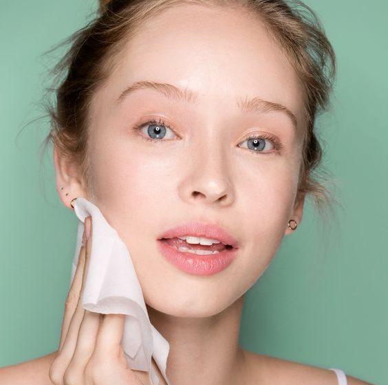 پاک کردن اصولی آرایش از روی صورت