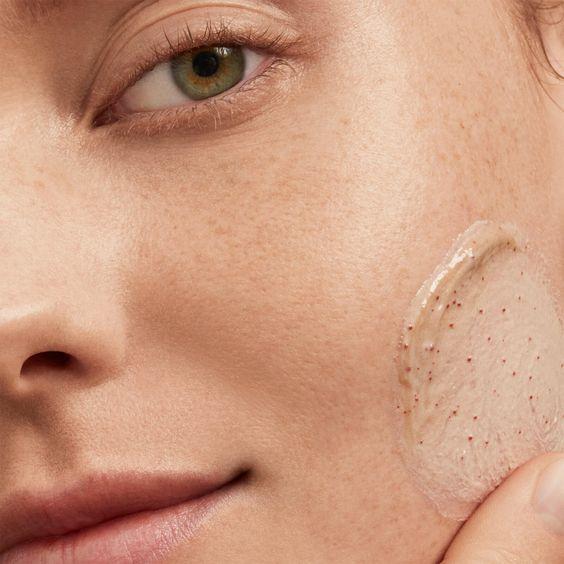 بهترین درمان منافذ باز پوست-خانومی