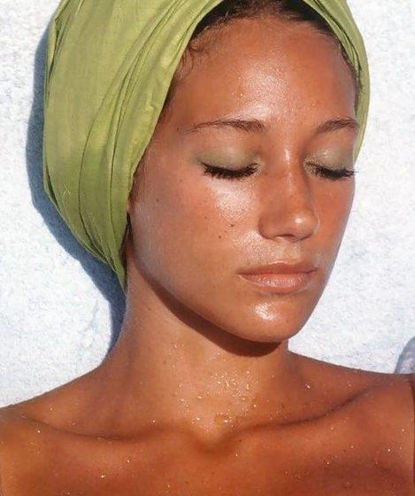 بهترین روش محافظت از پوست دور چشم در برابر آفتاب