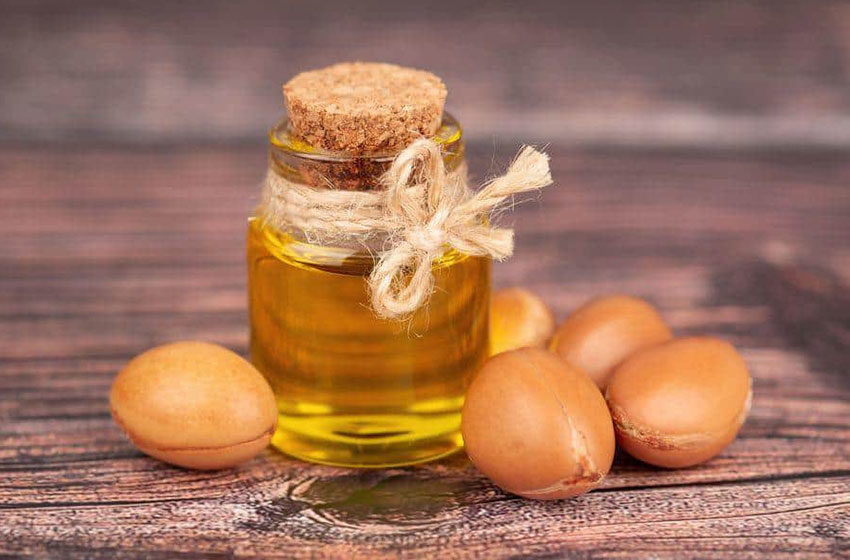خواص درمانی و کاربردهای روغن آرگان برای پوست