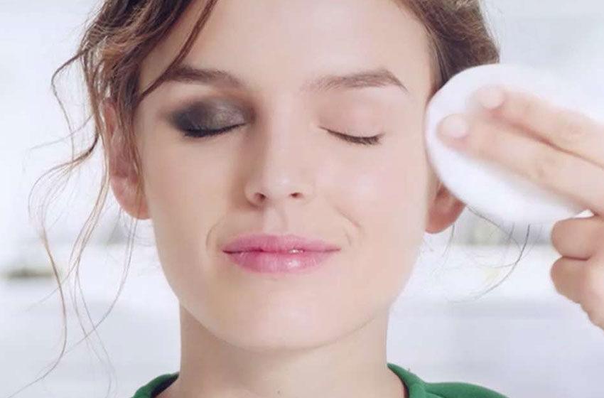 تفاوت آرایش پاک کن چشم و صورت چیست؟