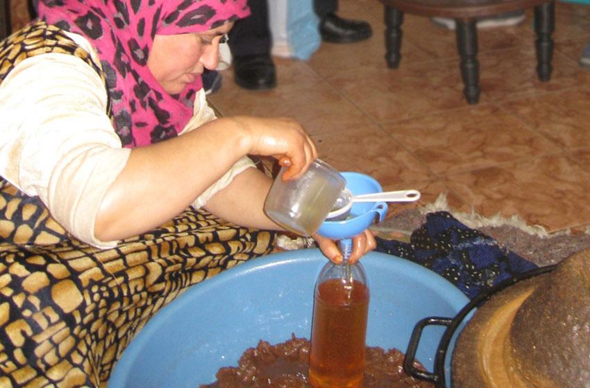 روغنگیری سنتی از دانه های آرگان