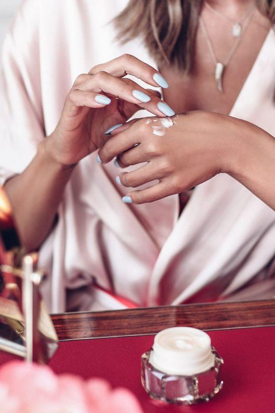 مراقبت از پوست دست-خانومی