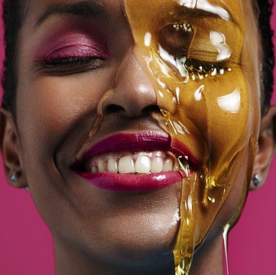 خواص درمانی و کاربردهای عسل برای پوست