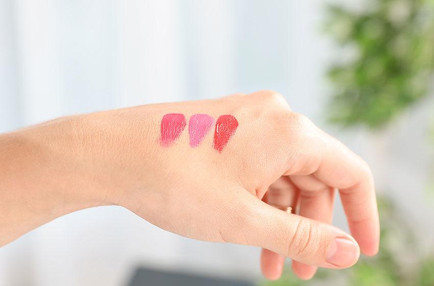 راهنمای خرید رژلب؛ چه رژ لبی برای پوست ما مناسب است؟