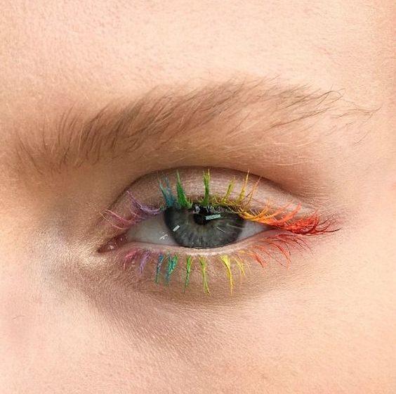 انتخاب پالت آرایشی مناسب با رنگ چشم