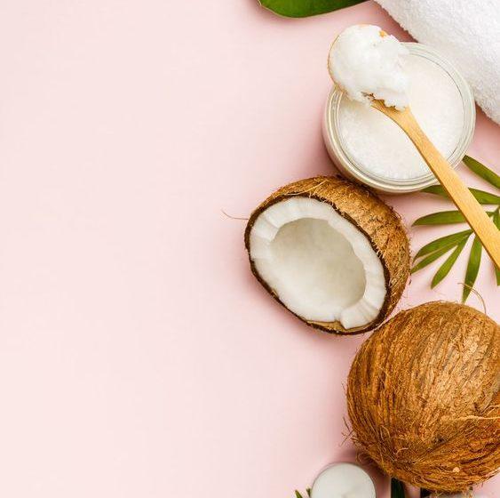 خواص و فواید روغن نارگیل برای پوست و مو